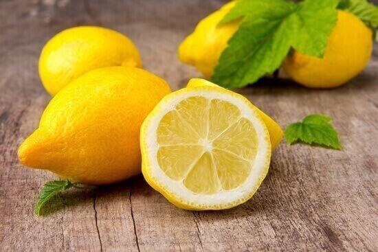 le jus de citron et la perte de poids